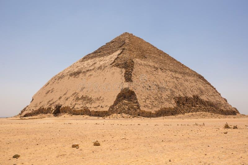 在代赫舒尔的弯的金字塔 库存照片