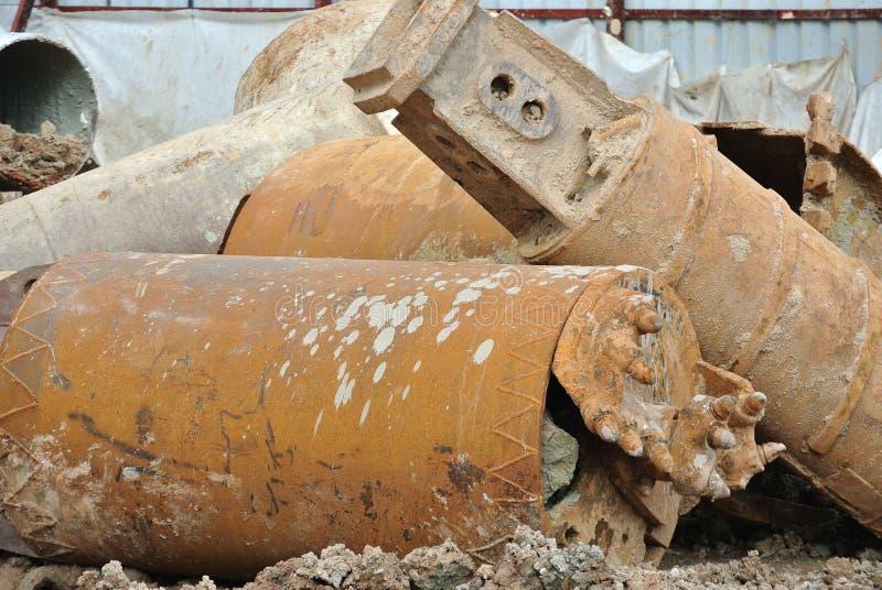 在建造场所使堆船具木钻不耐烦 库存照片