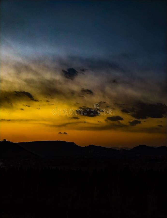 在5PM的日落在中国 图库摄影