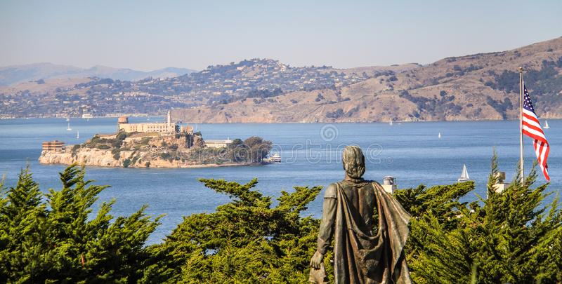 在Alcatraz的看法,从通信机小山,旧金山,加利福尼亚,美国 免版税库存照片