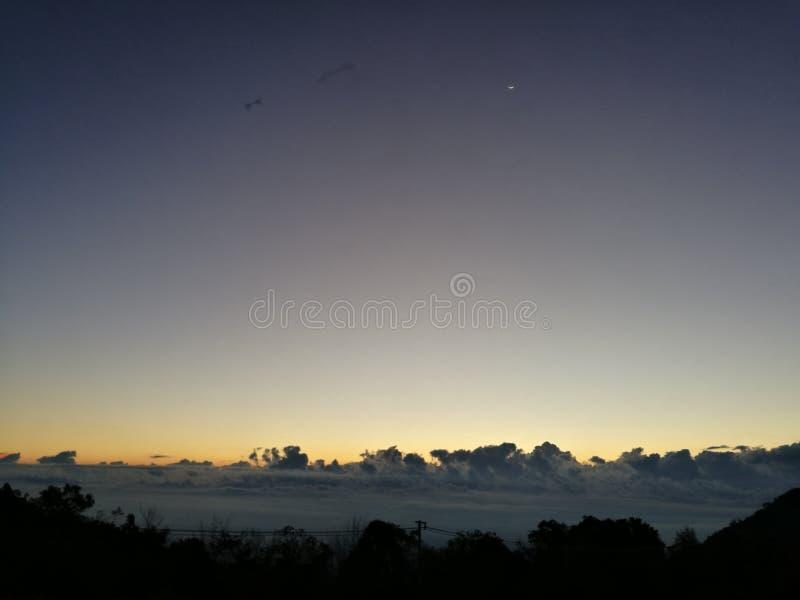 在AngKhang的黎明 免版税库存图片