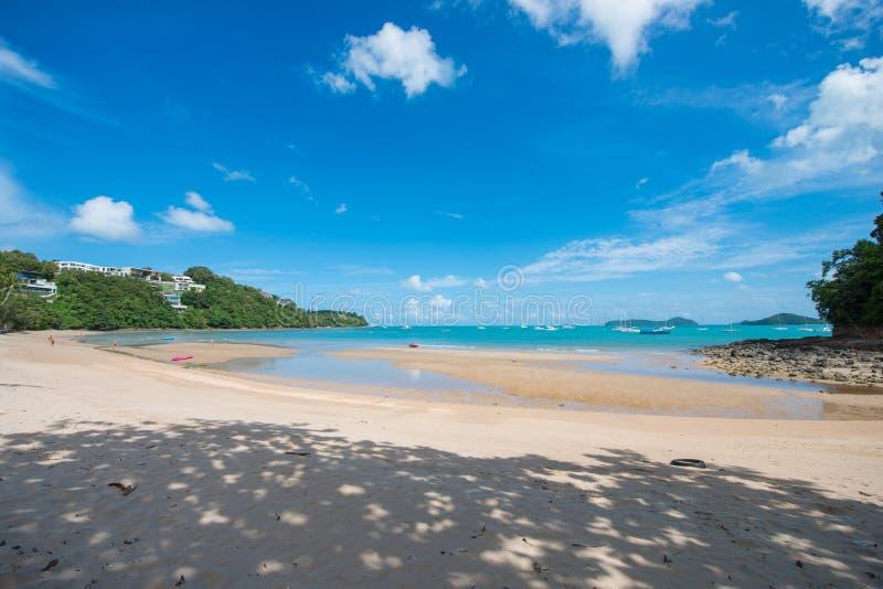 在Ao彼处的海滩,普吉岛的美丽的热带海滩 免版税库存图片