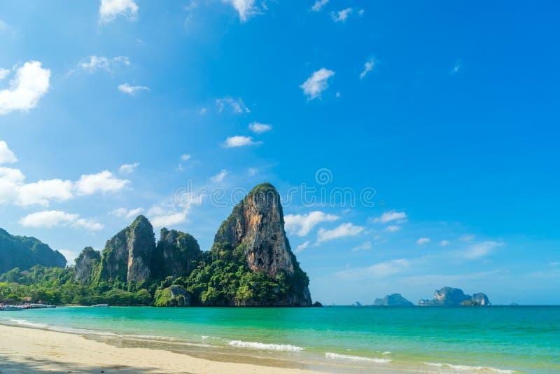 在Ao Nang, Krabi泰国的Railay西部海滩 免版税库存照片