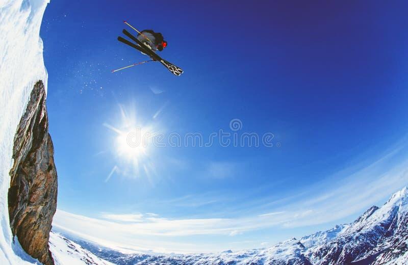 在Appusuit冰川,格陵兰的自由滑雪 免版税库存图片