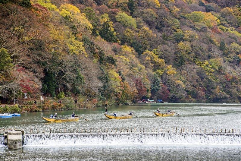 在Arashiyama,京都,日本的秋天 库存图片