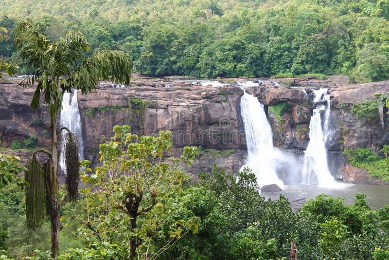 在Athirapally,喀拉拉的瀑布 免版税库存照片