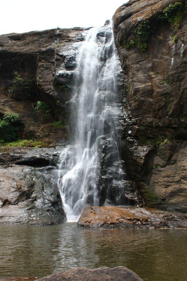 在Athirapally,喀拉拉的瀑布 免版税图库摄影