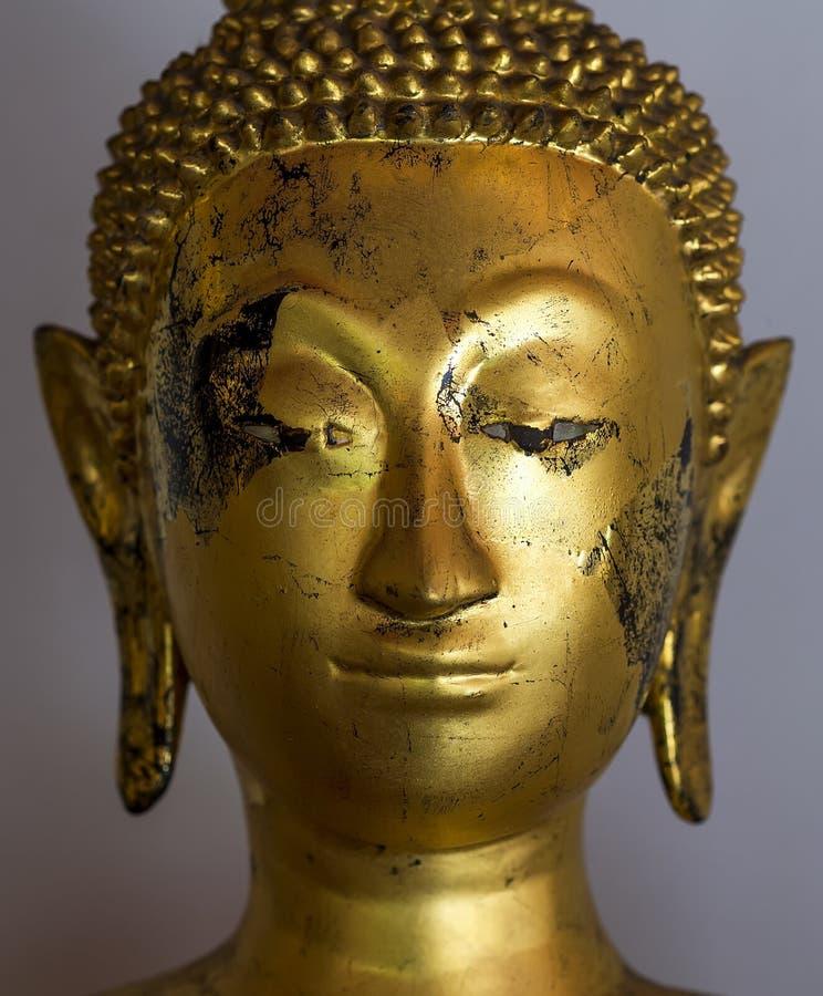 在BangkokThailand的菩萨雕象 免版税库存图片