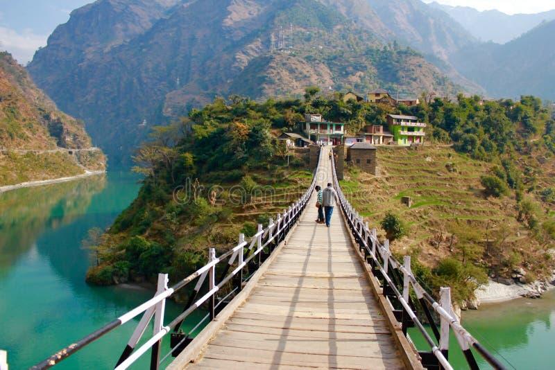 在Beas河的维多利亚桥梁曼迪的在喜马偕尔邦 免版税库存照片