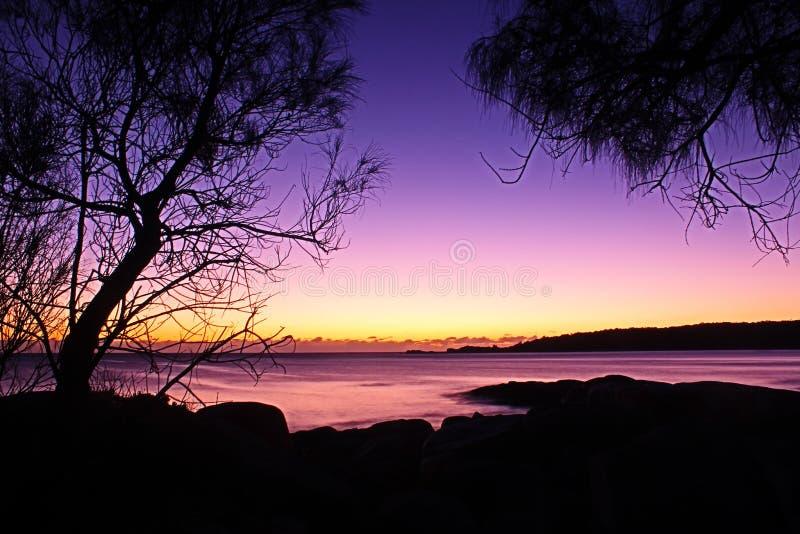 在Binalong海湾海滩,塔斯马尼亚岛的日出 图库摄影