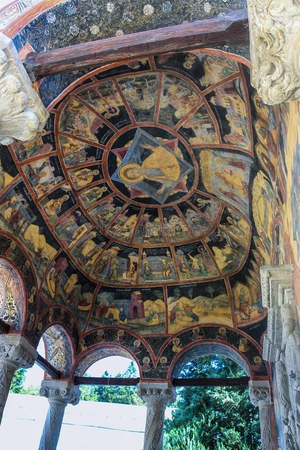 在Biserica母马圆顶天花板的绘画锡纳亚修道院的伟大的教会由丹麦画家 库存图片