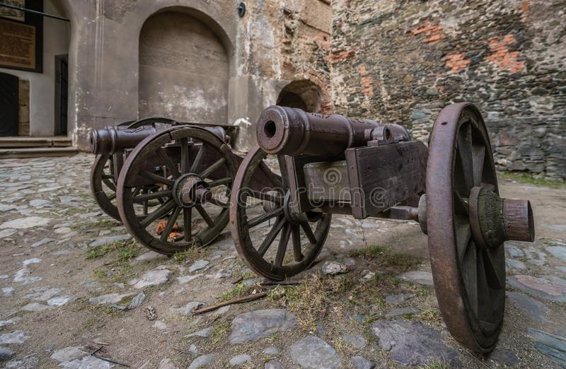 在Bolkow城堡的老大炮 库存图片