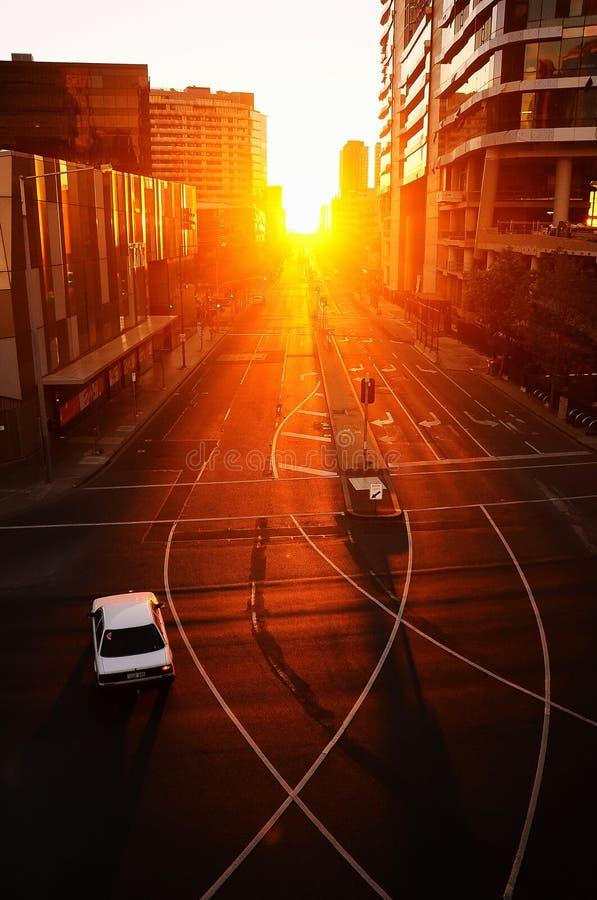 在Bourke街上的汽车,墨尔本,日落的 图库摄影
