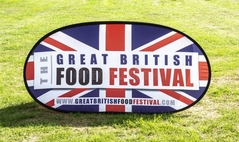 在Bowood议院的巨大英国食物节日标志在威尔特郡 免版税库存图片
