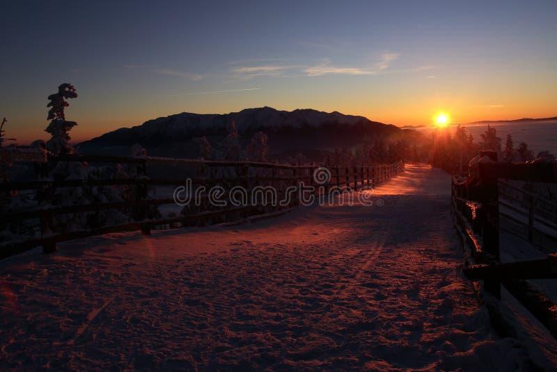 在Bucegi山的日落,布拉索夫,罗马尼亚 图库摄影