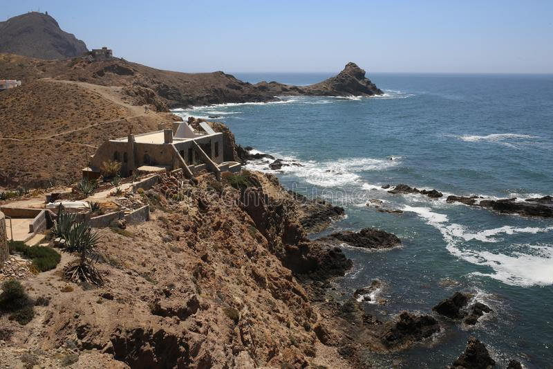 在Cabo de加塔角的警报器礁石 免版税库存照片