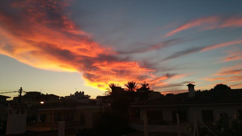 在Cala Ratjada的美丽的天空 免版税库存图片