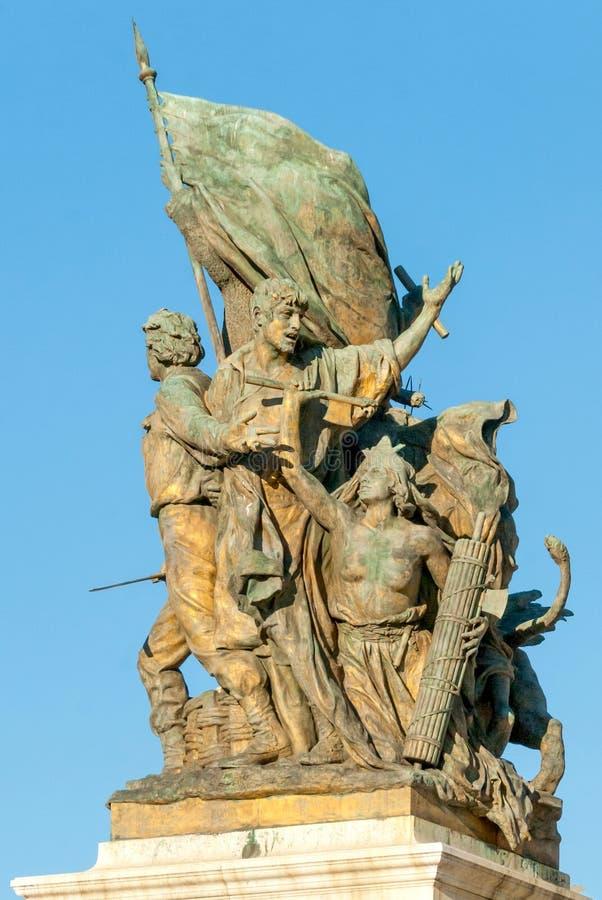 在Capitoline小山博物馆前面的英勇古铜色雕象 免版税图库摄影