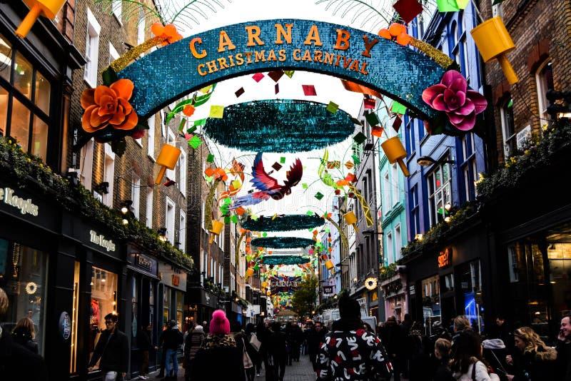 在Carnaby街,伦敦的圣诞节 免版税库存照片
