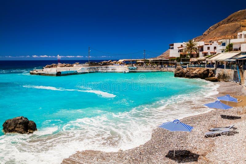 在Chora Sfakion的海滩 免版税库存照片