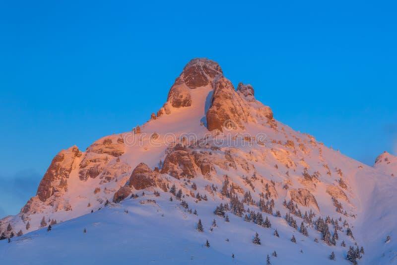在Ciucas山的日出,罗马尼亚 库存图片