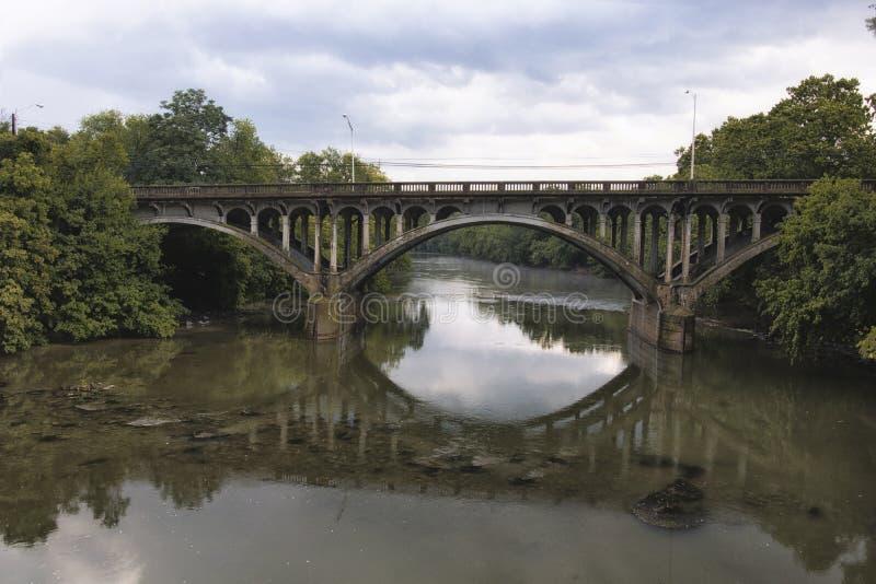 在Conococheague小河的桥梁 免版税图库摄影