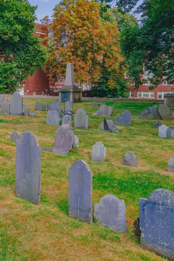 在Copp的小山坟场的墓碑在北边,波士顿,U 免版税库存图片