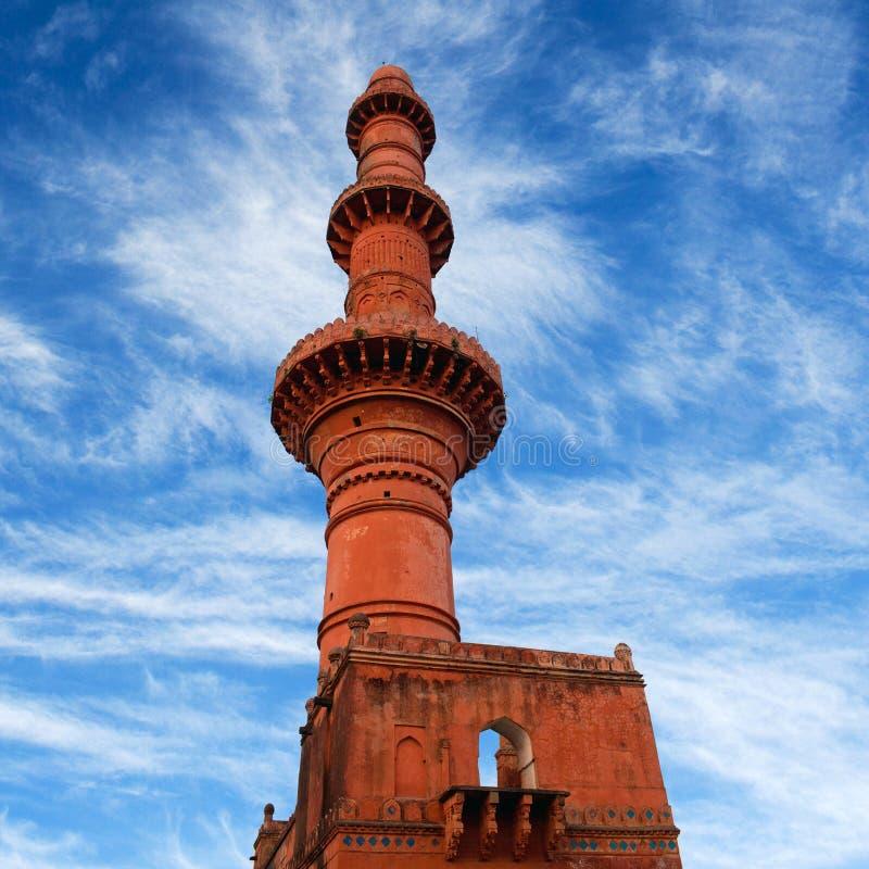 在Daulatabat堡垒的Chand Minar塔在马哈拉施特拉,印度 库存照片