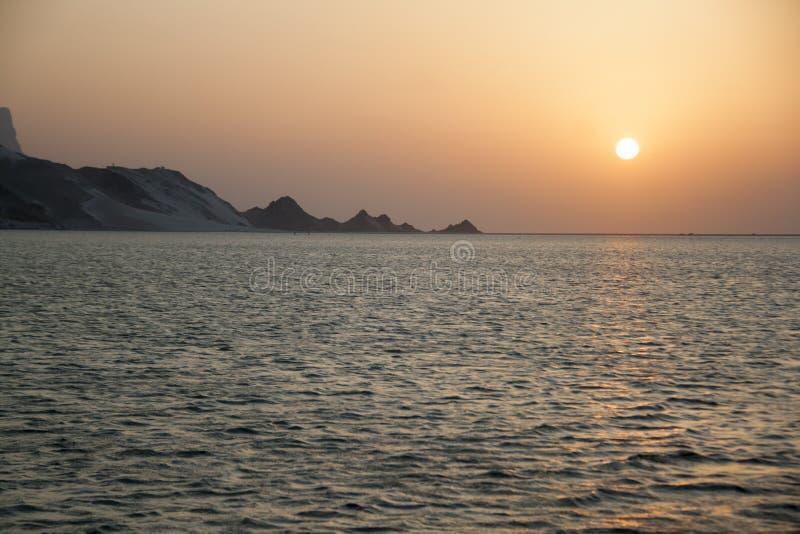 在Detwah盐水湖的日落 免版税库存图片