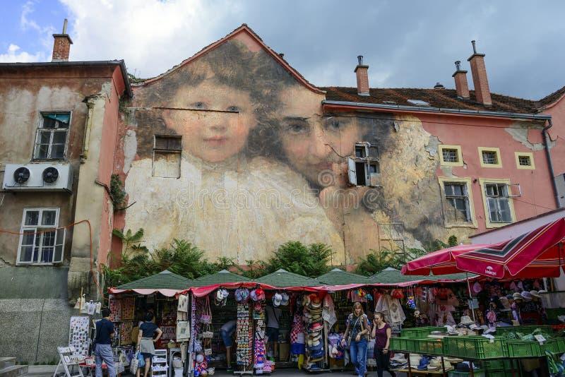 在Dolac市场上的艺术壁画儒利安de卡萨维安卡在萨格勒布,克罗地亚 免版税库存照片