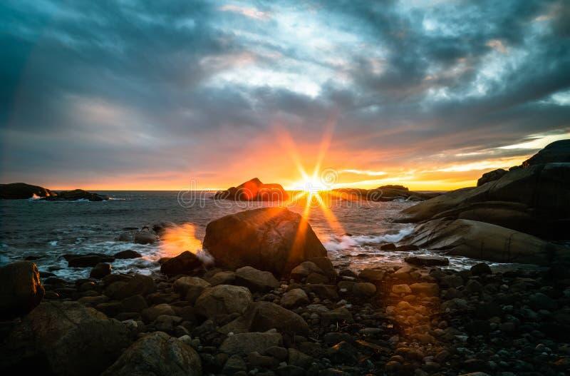 在Eftang,拉尔维克,挪威的日出 库存图片