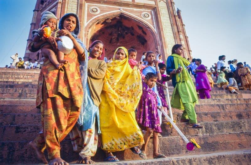 在Eid节日的印地安家庭在法泰赫普尔西克里,印度 免版税库存照片