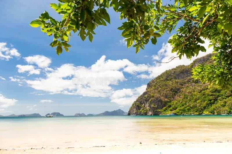 在El Nido,巴拉望岛,菲律宾的Corong Corong海滩 图库摄影
