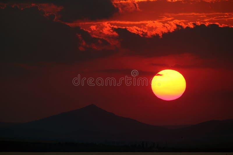 在Enisala的美好的日落 库存图片