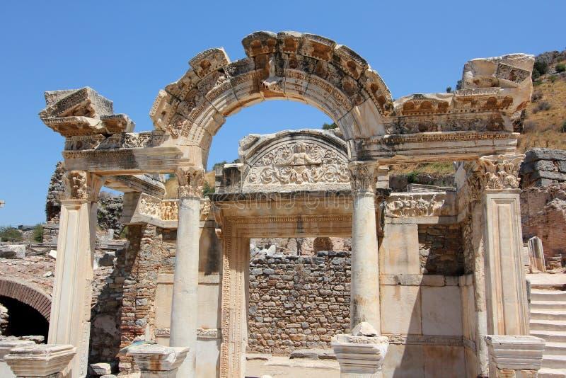 在Ephesus的Hadrian的寺庙 免版税库存照片