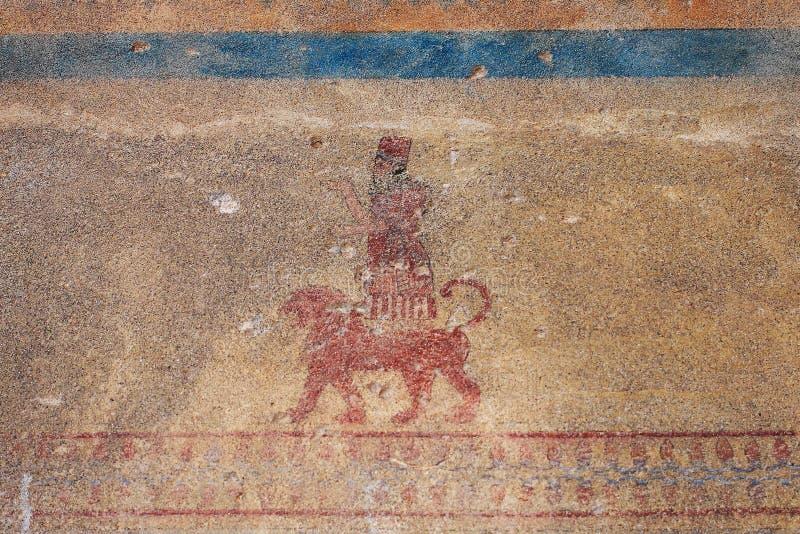 在Erebuni堡垒(亚美尼亚)的古老墙壁绘画 免版税库存照片
