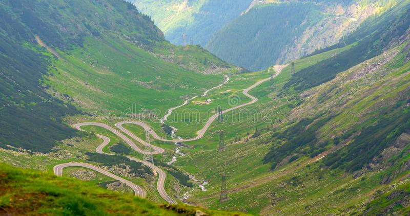 在Fagaras山的Transfagarasan路 免版税库存照片