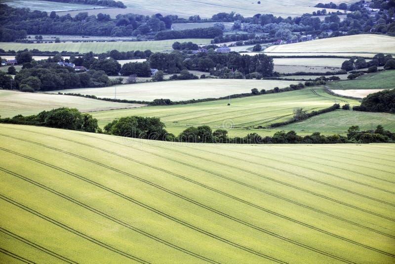 在Firle烽火台的种田的风景在东萨塞克斯郡,英国 免版税库存照片