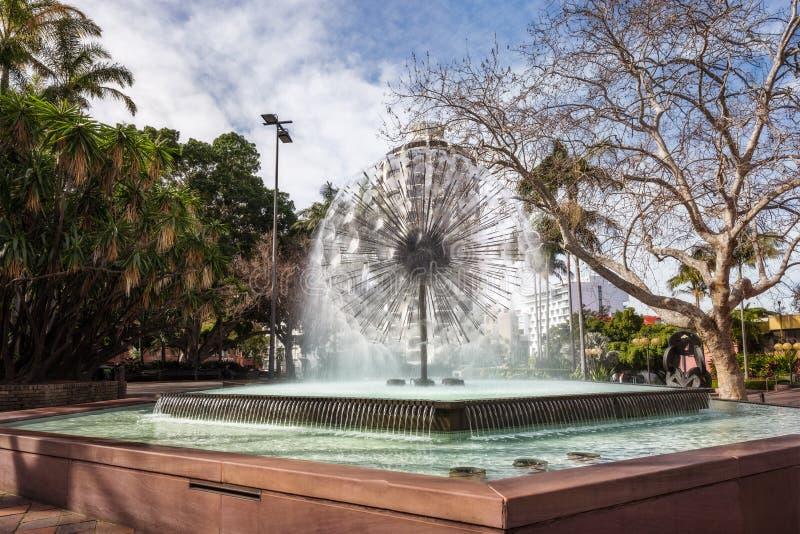 在Fitzroy庭院背景的阿莱曼纪念喷泉 免版税库存照片