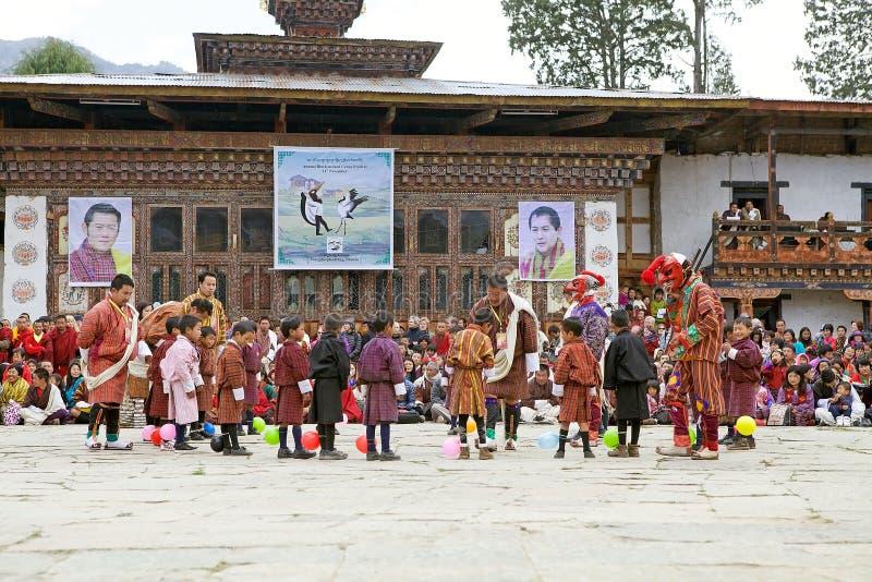 在Gangtey修道院迅速增加炸开的竞争, Gangteng,不丹 库存图片