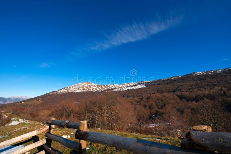 在Garda湖意大利附近的Monte Baldo 库存图片
