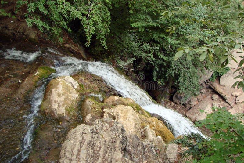 在Generalskoye附近村庄的山土坎在克里米亚半岛半岛的 乌克兰 克里米亚半岛山脉, wi的风景 免版税库存图片