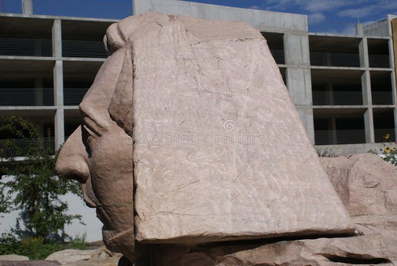 在Gilgal雕塑庭院的狮身人面象 库存照片