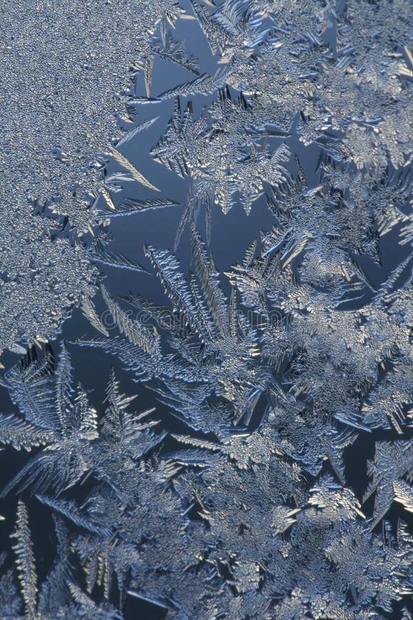在Glass.123的冰晶 库存图片