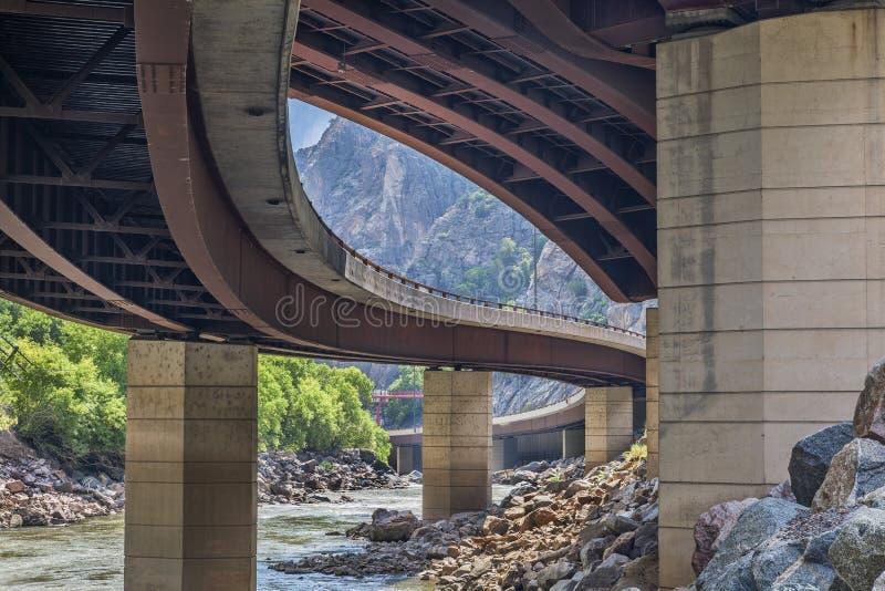 在Glenwood峡谷的高速公路 图库摄影