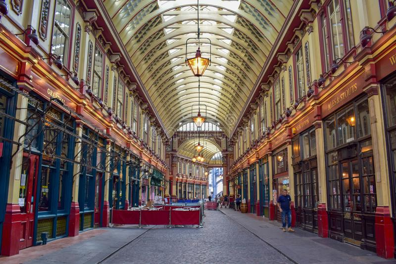 在Gracechurch街上的Leadenhall市场里面在伦敦,英国 库存照片