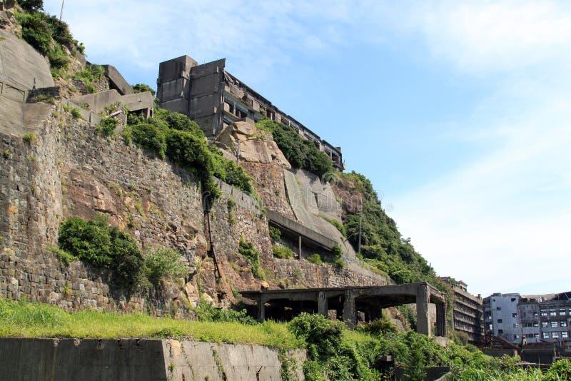 在Gunkanjima的被放弃的大厦 免版税图库摄影