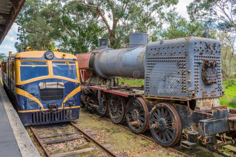 在Healesville驻地2的老火车 免版税库存图片
