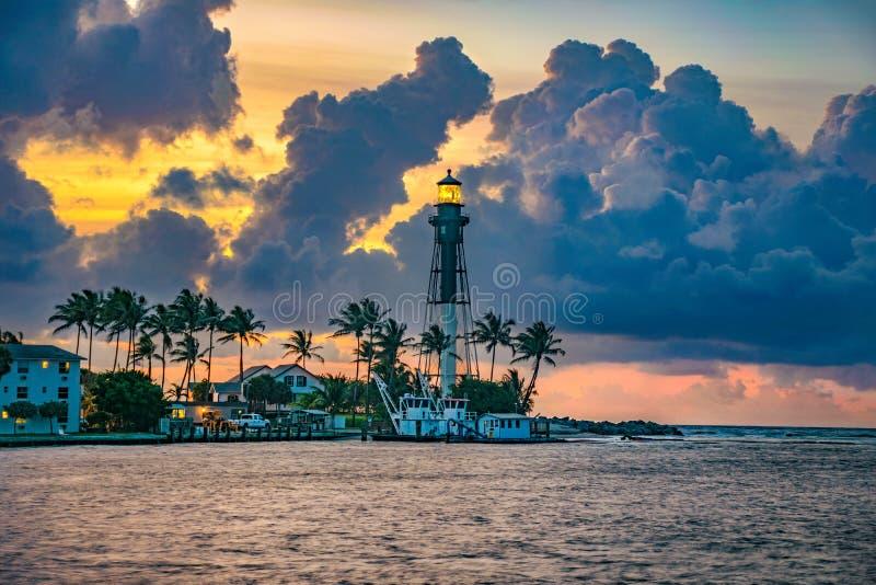 在Hillsboro海滩,佛罗里达,美国的Hillsboro灯塔 免版税库存图片