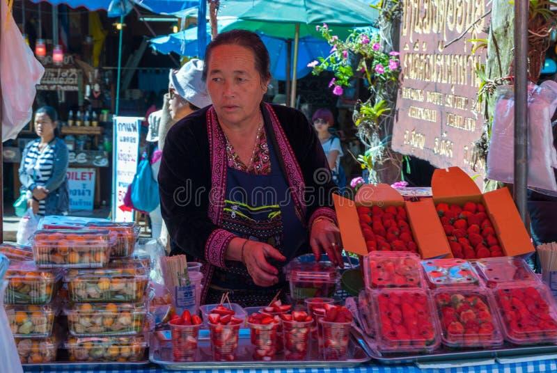 在Hmong村庄,泰国的地方市场 免版税库存图片
